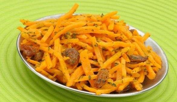 Karottensalat mit Oregano